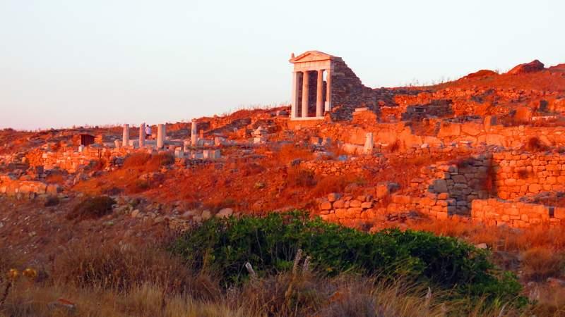 Ruínas de templos antigos na Grécia - Ilha de Delos