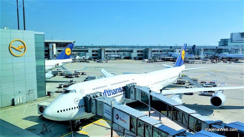 Passagens de avião não são baratas para viajar no fim de semana
