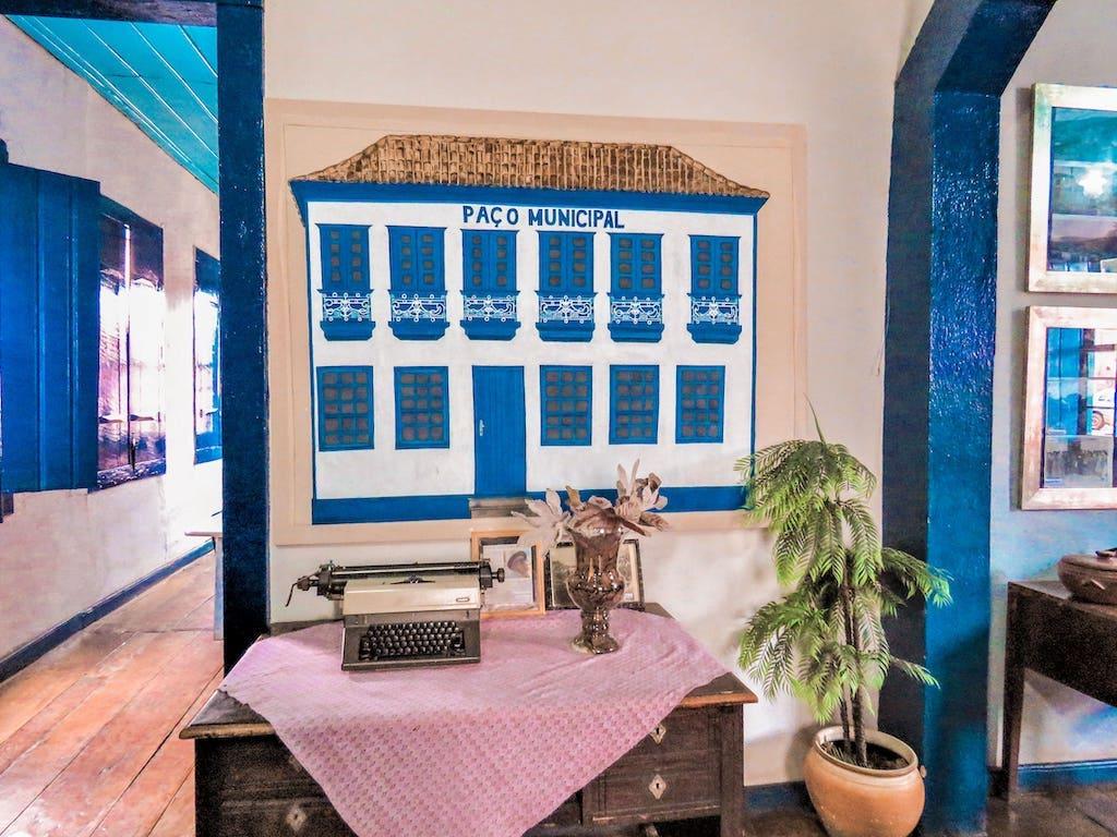 Máquina de escrever antiga na Casa de Cultura de Peçanha