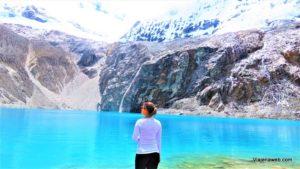 Lago azul na Laguna 69