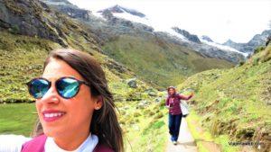 Viaje na Web fazendo trilha no Peru