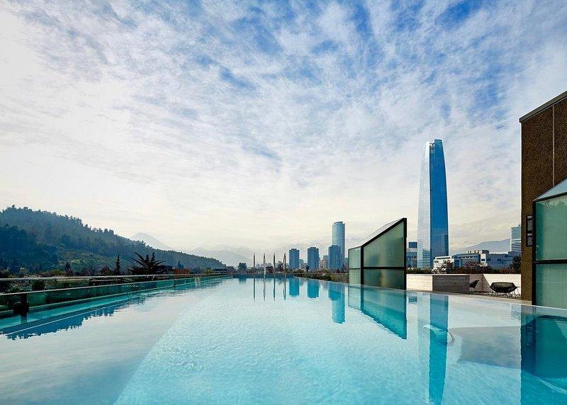 Que tal essa piscina com vista do hotel Ladera?!