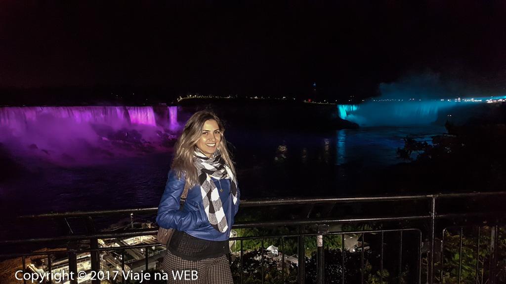 Roteiro no Canadá - Cataratas de Niagara a noite